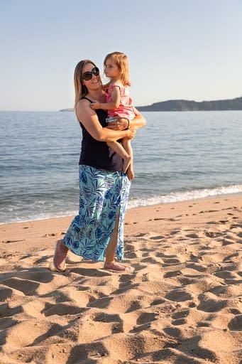 Award-winning parenting blogger Jennie, creator behind the GinGin and Roo UK parenting blog.