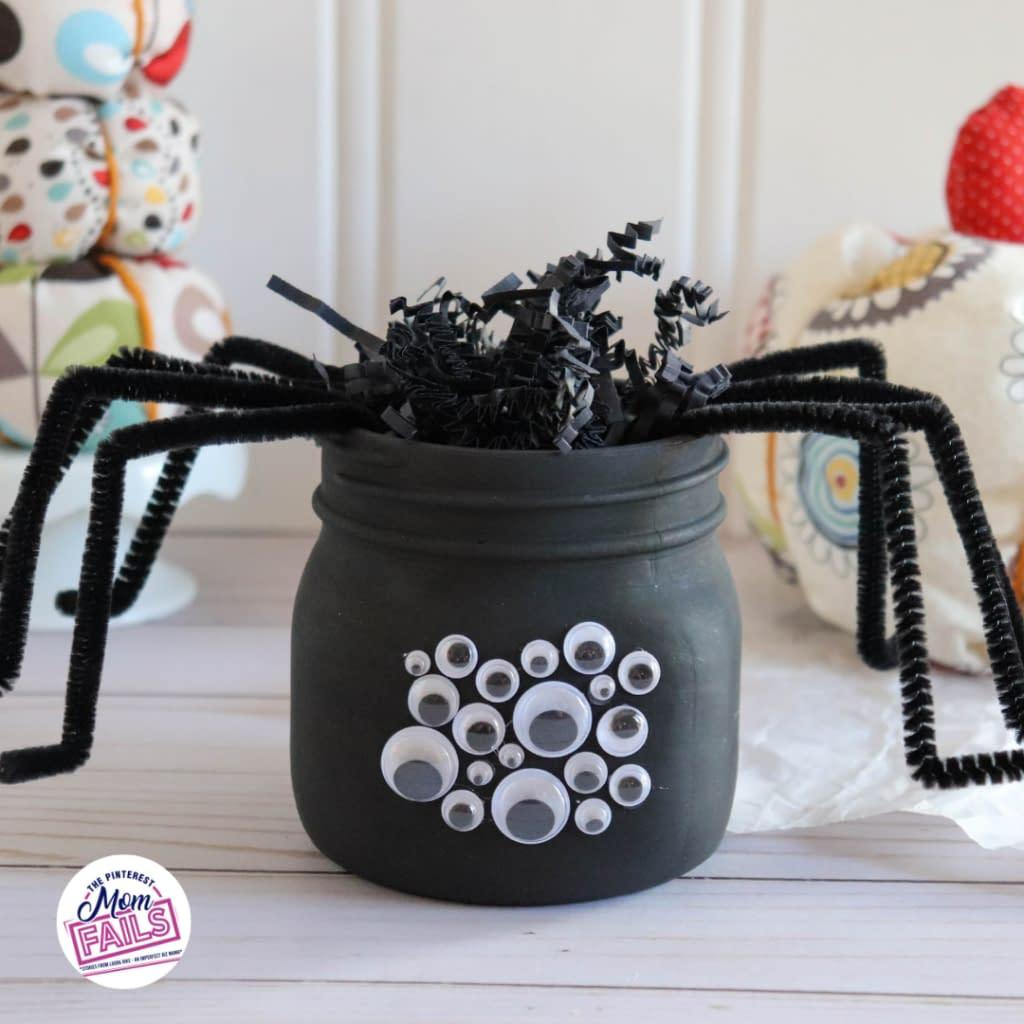 Mason Jar Halloween Spider