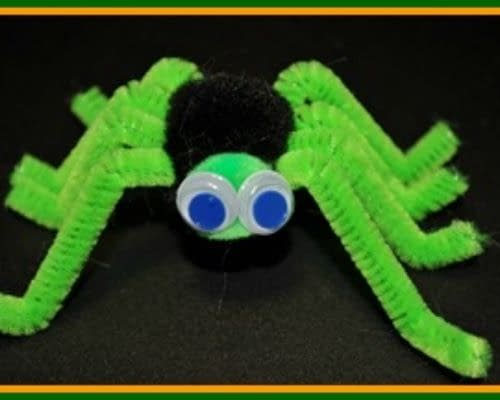 Pipecleaner Spider - halloween craft ideas - easy crafts for kids