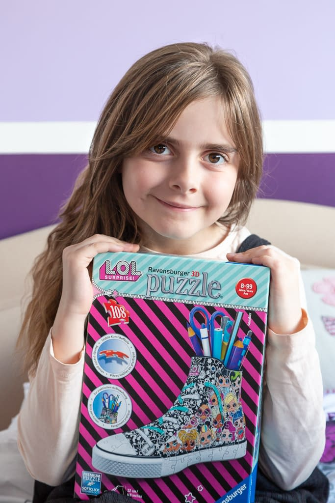 GinGin was gifted an LOL 3D puzzle by Ravensburger