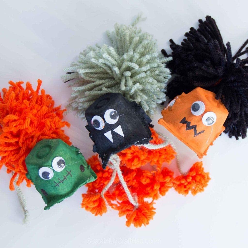 Spider Halloween Garland - crafts for toddler halloween
