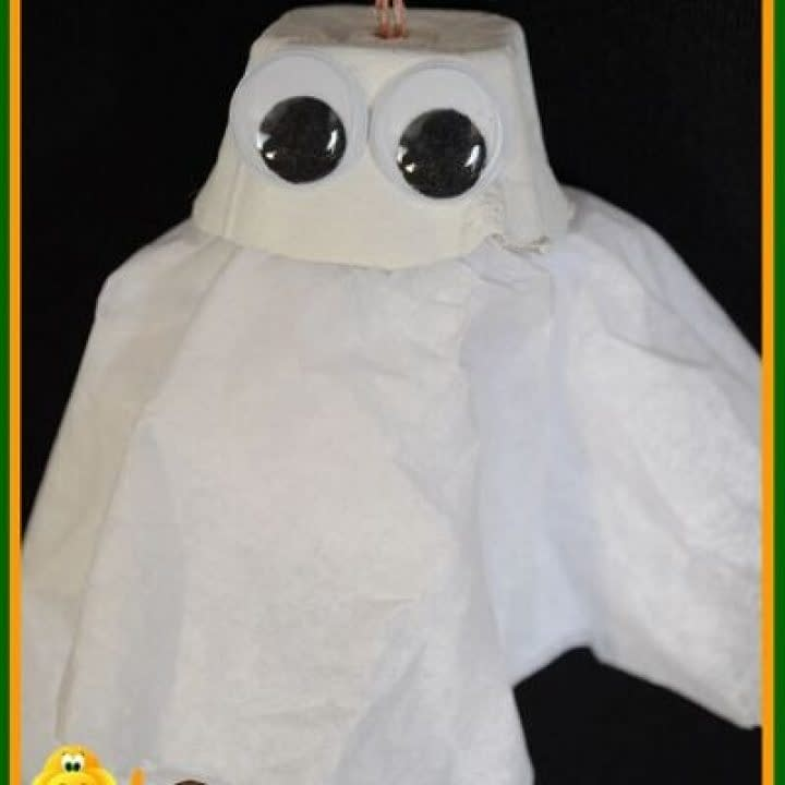 Egg box Ghosts - crafts for toddler halloween - easy crafts for kids