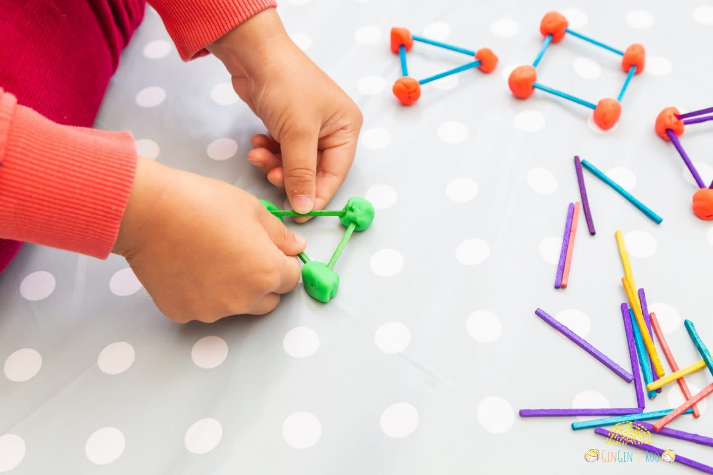 Maths is fun. No really, it is! Give this fun maths activity a try with your kids. They will love it. And they'll learn while they're playing, which is definitely a winner if you're stuck for ideas of fun maths home learning activities that also keep the kiddos entertained. #toddleractivity #toddlereducation #toddlerlearn