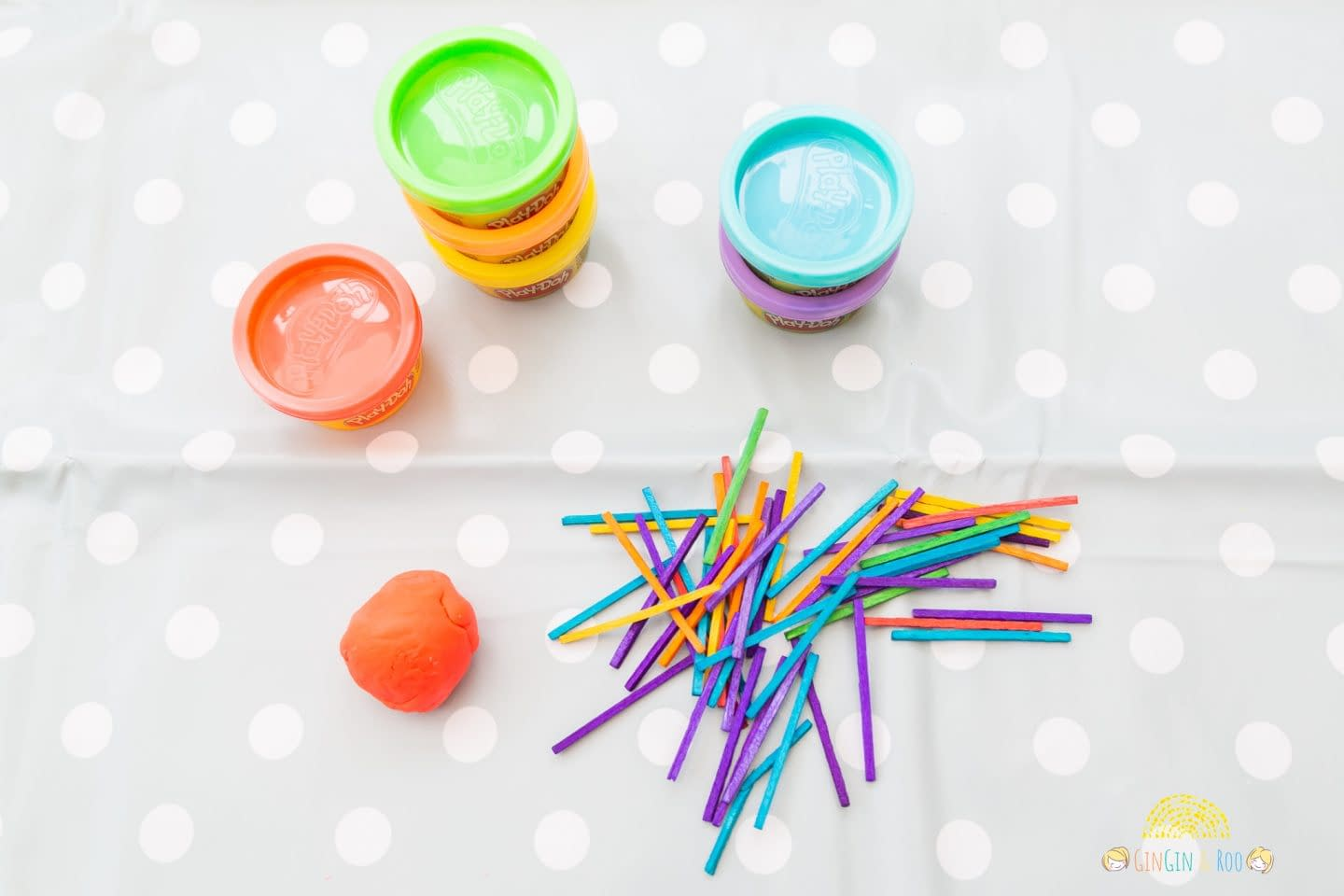 Making Matchstick Shapes by GinGin & Roo #toddleractivity #toddlereducation #toddlerlearn
