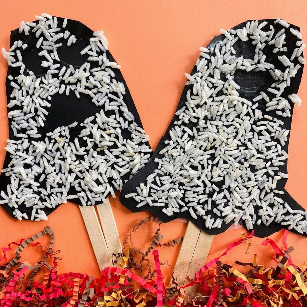 Rice Ghosts - Halloween craft ideas for toddlers and preschoolers