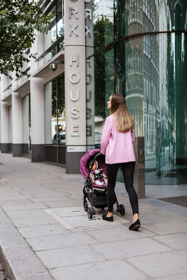 The 12 Best Baby Strollers Under £200 in 2020